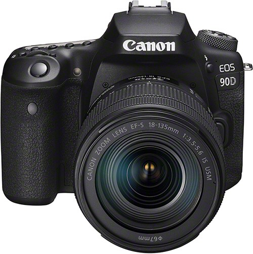 Canon EOS 90D + EF-S 18-135 IS USM Nano