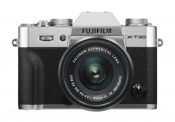 Fujifilm X-T30 silber + XC15-45mm F3.5-5.6 OIS PZ