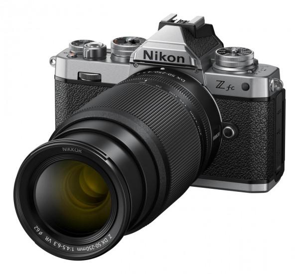 Nikon Z fc KIT Z DX 16-50 SE + Z DX 50-250 - Jetzt 100,- sparen!